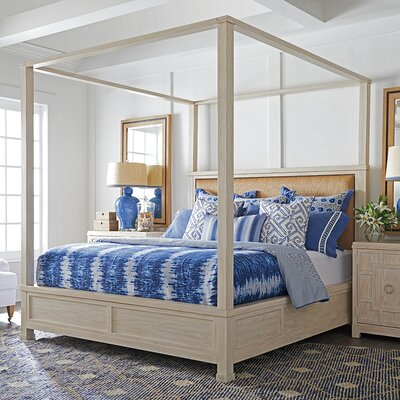 Shorecliff Canopy Bed in Sailcloth