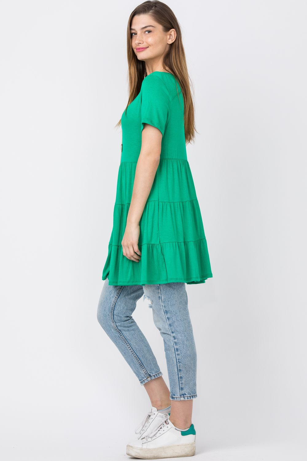 Green Short Sleeve Tiered Tunic_Plus