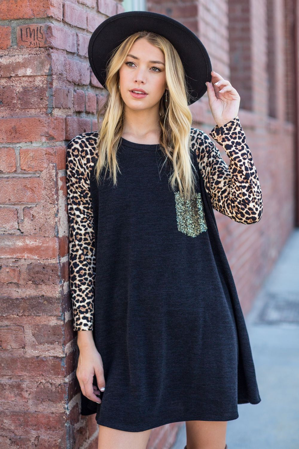 Black Leopard Sleeve Mini Dress with Sequin Pocket_Plus