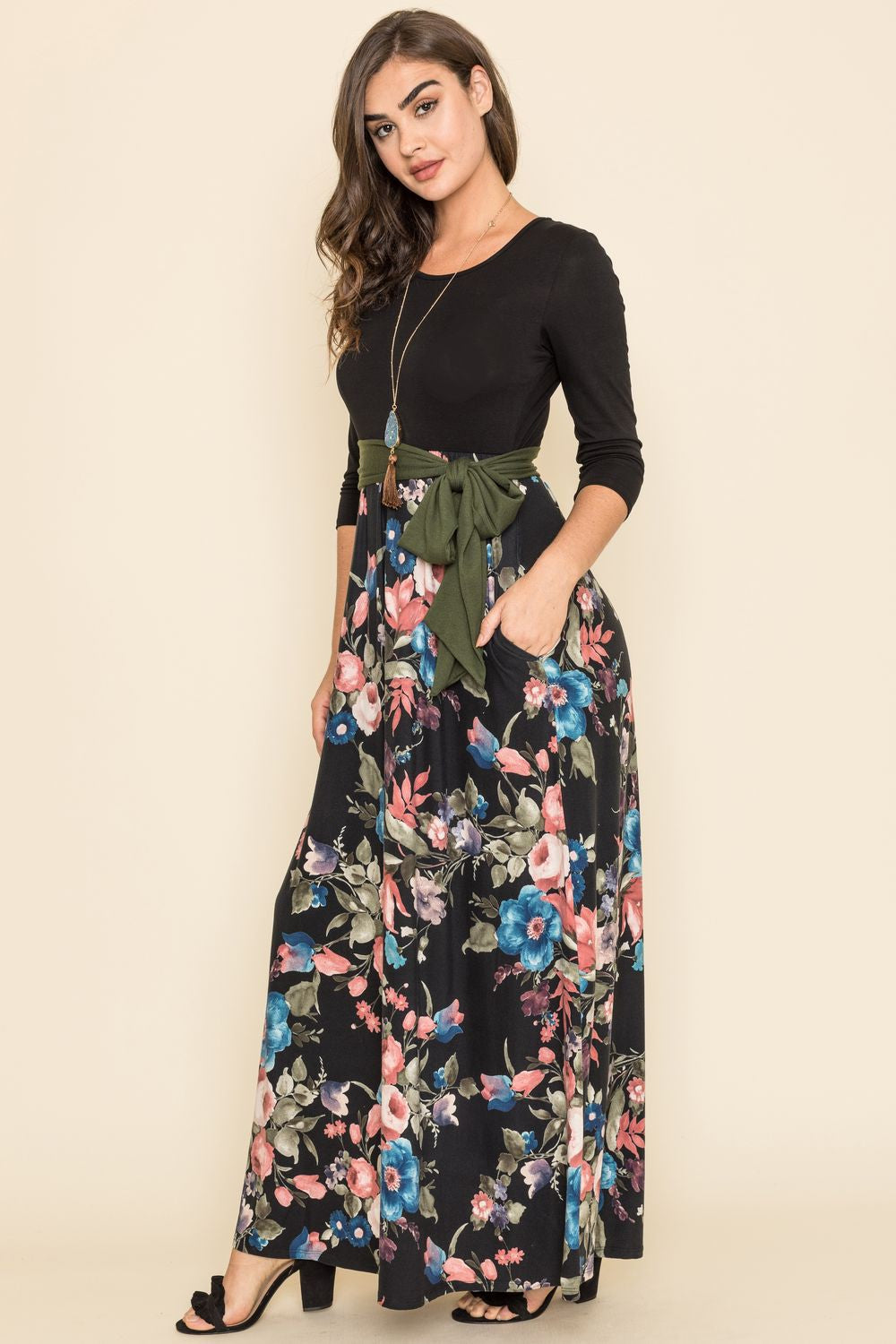 Black Floral Olive Sash Maxi Dress_Plus