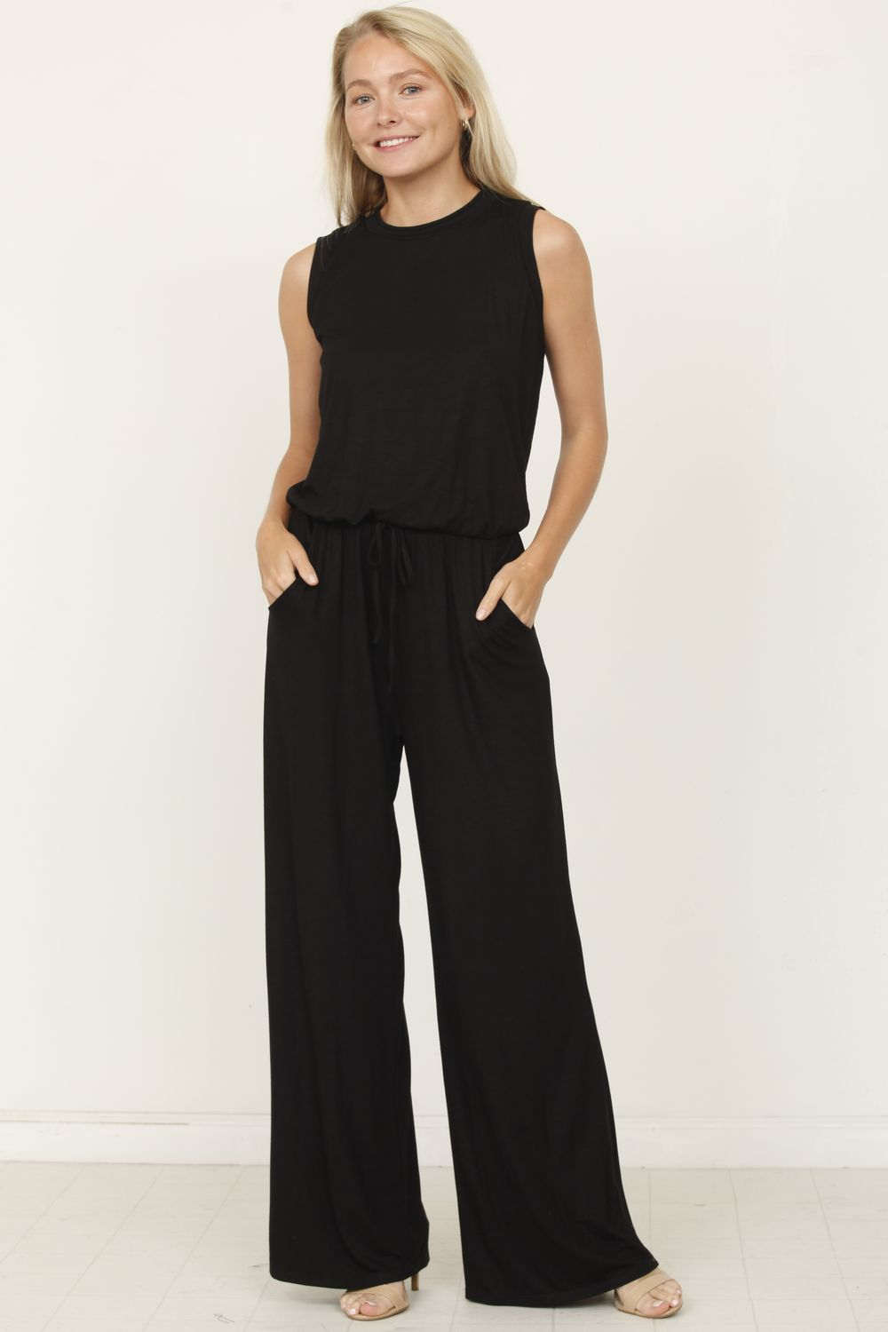 Black Sleeveless Drawstring Jumpsuit_Plus