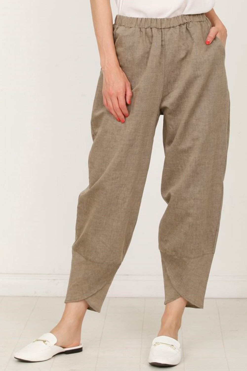 Mocha Tulip Hem Cotton-Linen Pants_Plus