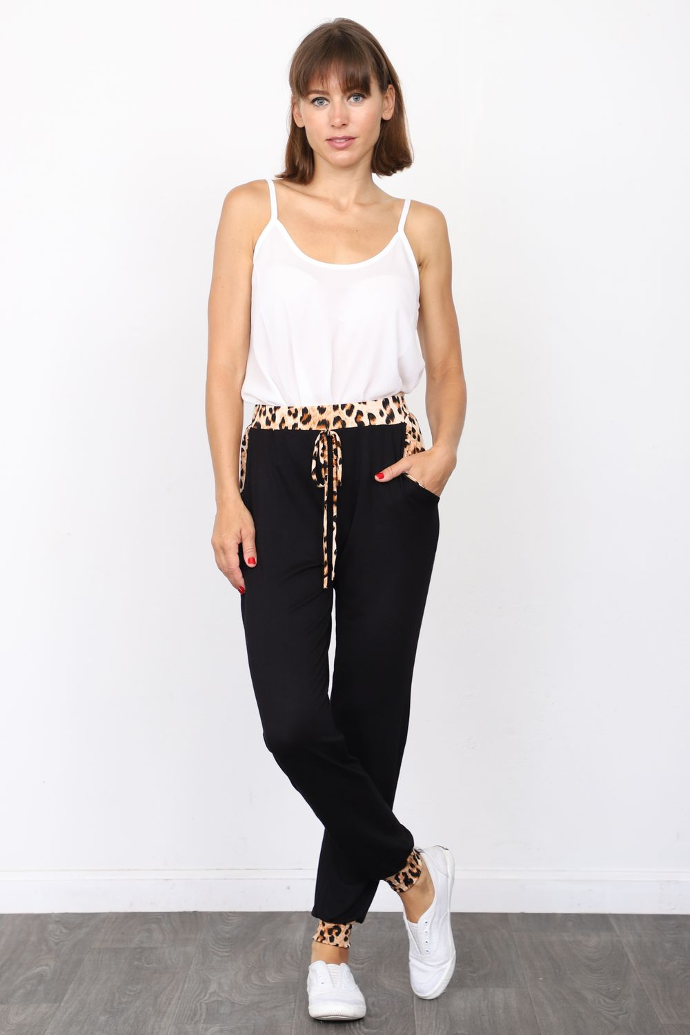 Black Leopard Band Accent Jogger Pants_Plus
