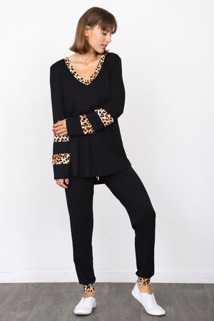 Black Leopard Accent V-Neck Top & Jogger Set_Plus