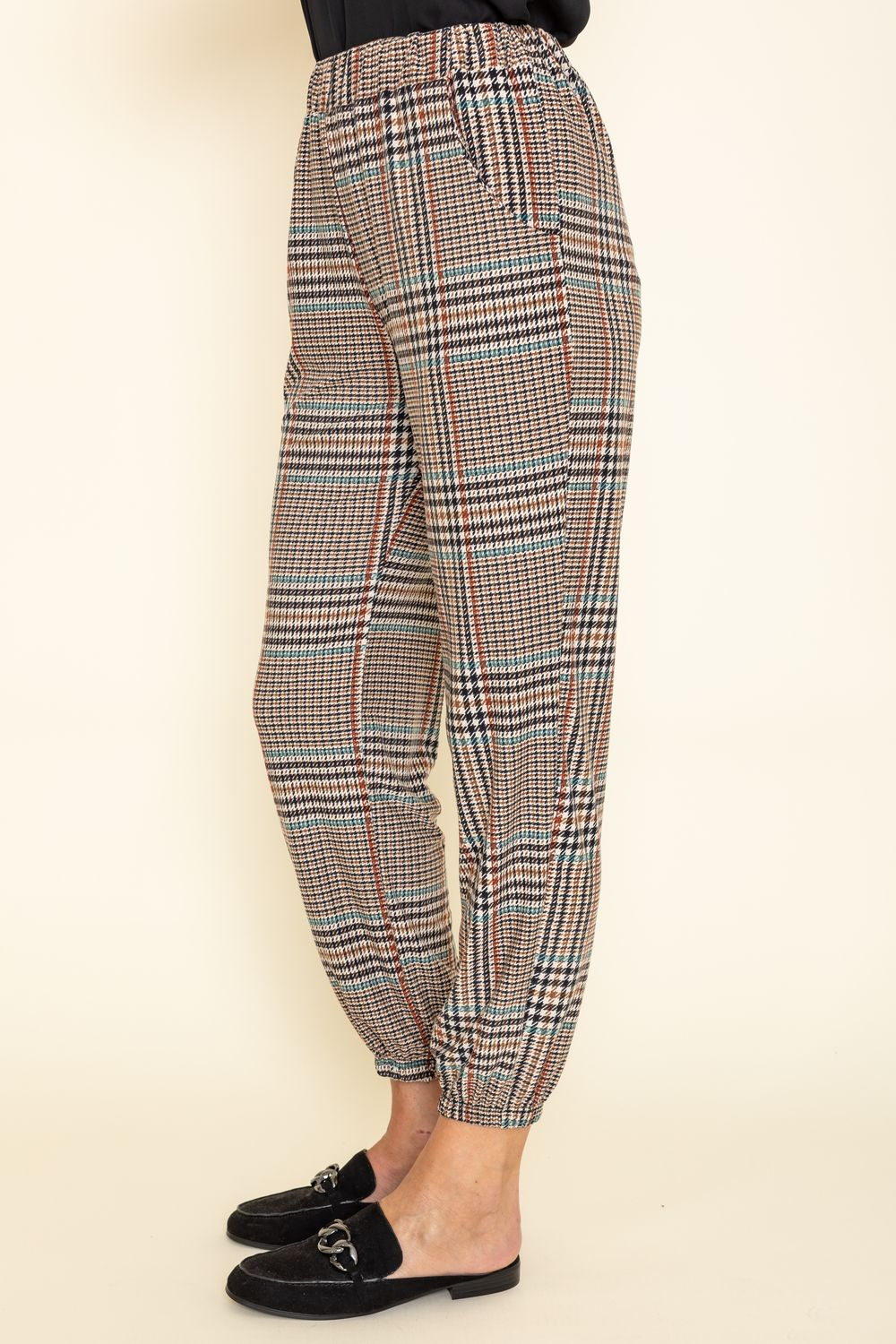 Classic Taupe Plaid Jogger Pants_Plus
