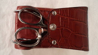 Connect USA 1030 Women's Leather Travel Manicure Set
