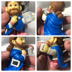 Pocket SAVIOURS Lil Jesus vinyl figures /3500