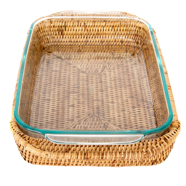 Rectangular basket with pyrex