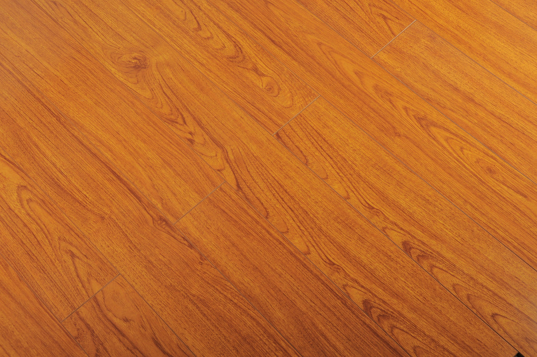 TOUCAN- LAMINATE FLOORING - TF2212