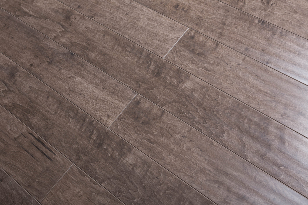 TOUCAN- LAMINATE FLOORING - TF3107