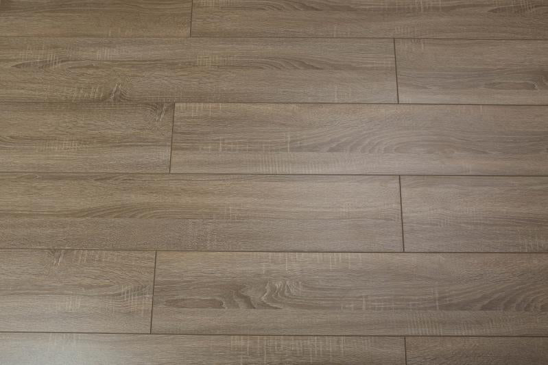 TOUCAN- LAMINATE FLOORING - TF6112