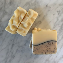 Load image into Gallery viewer, all natural lemon and poppy seed bar soap