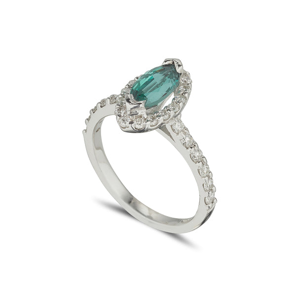 18ct white gold emerald and diamond cluster halo ring
