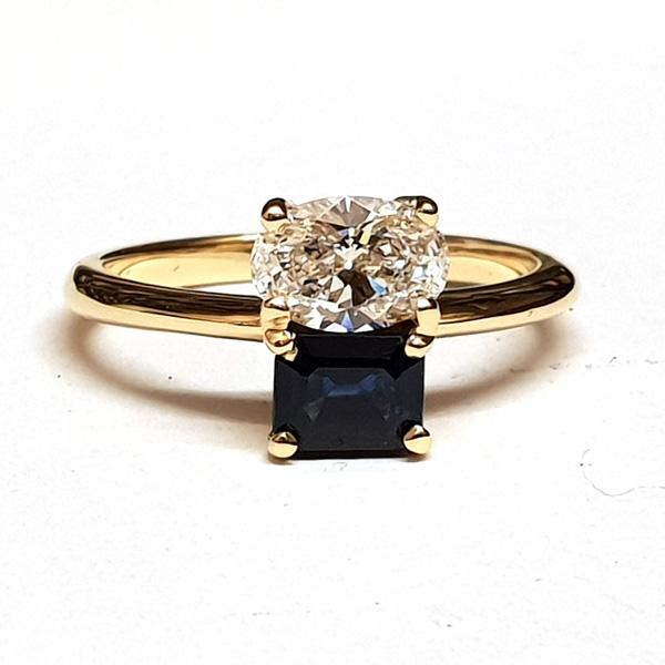 18ct yellow gold sapphire and diamond 2 stone ring