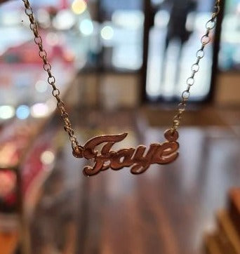 9ct yellow gold personalised name chain Faye