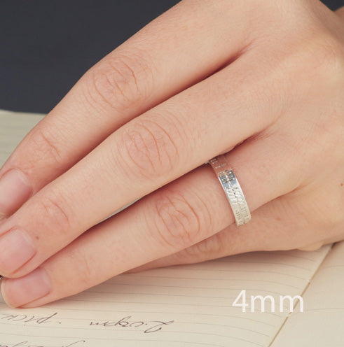this shows a 3mm band on a ladies hand