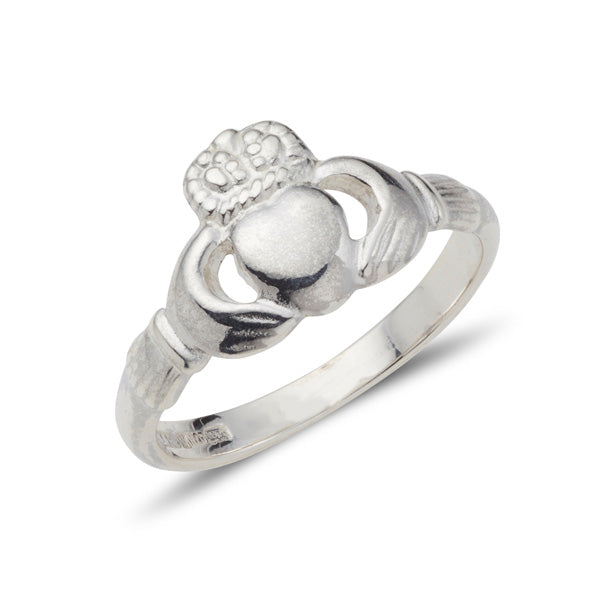 white gold ladies antique style claddagh ring