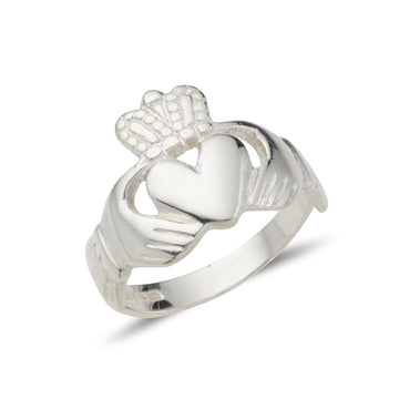 white gold claddagh ring with larger head