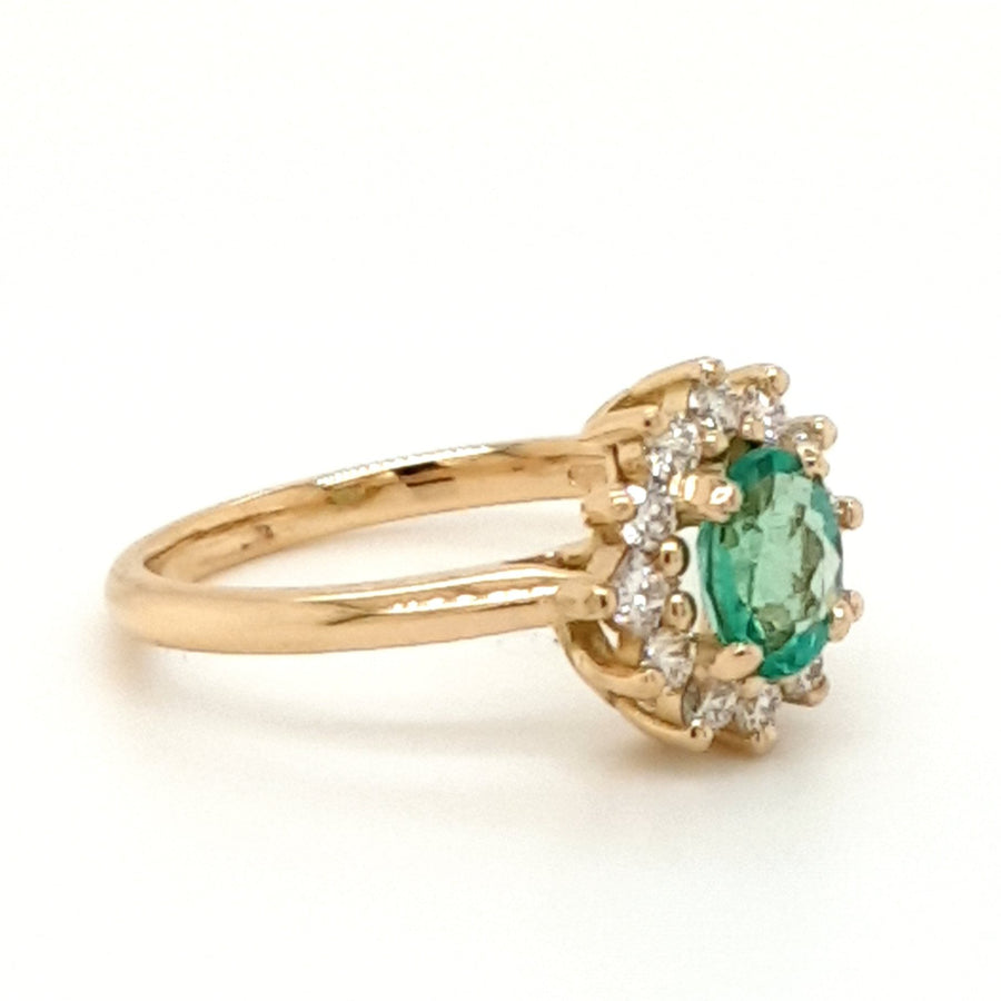 18ct yellow Emerald and Diamond yellow gold cluster ring with wedfit adjustment