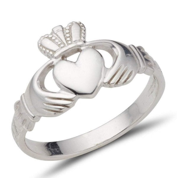 platinum ladies classic claddagh ring