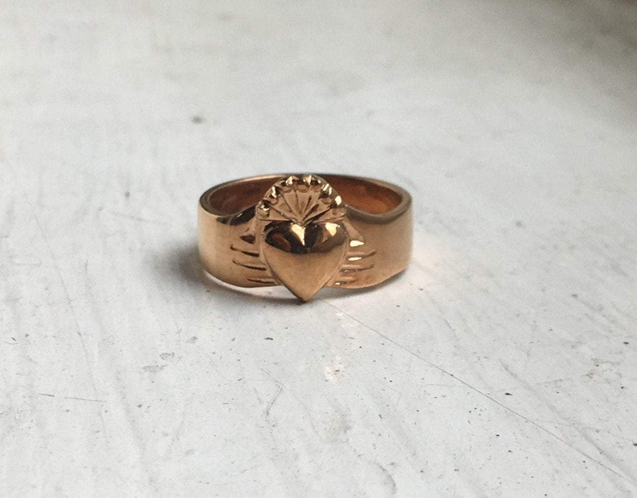 rose gold modern rustic claddagh band style ring
