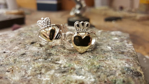 sterling silver claddagh ring with yellow gold heart