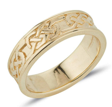 yellow gold celtic design ring full pattern,  the design is in the centre with raised rimm edges