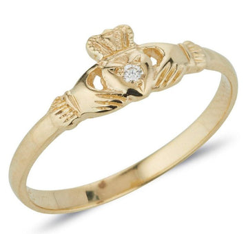 yellow gold danity ladies claddagh ring with small diamond set in the heart