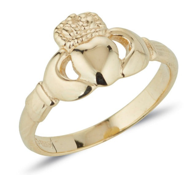 yellow gold antique style ladies claddagh ring