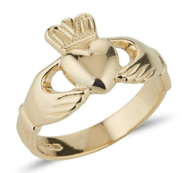 yellow gold classic ladies claddagh ring