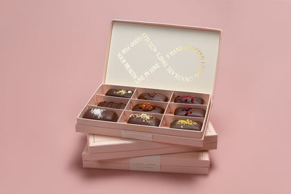 LOCO LOVE Famous Pink Gift Box - 9 single pieces  30g