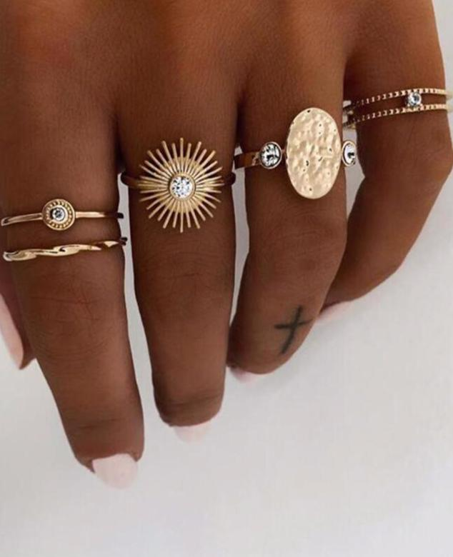 Chic Ray Ring Set