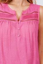 Load image into Gallery viewer, Sleeveless Front Pleats Detail W/button Woven Top