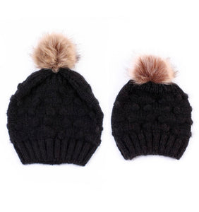 Set of two Mummy and me beanies - 5 different colours