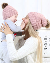 Load image into Gallery viewer, Set of two Mummy and me beanies - 5 different colours