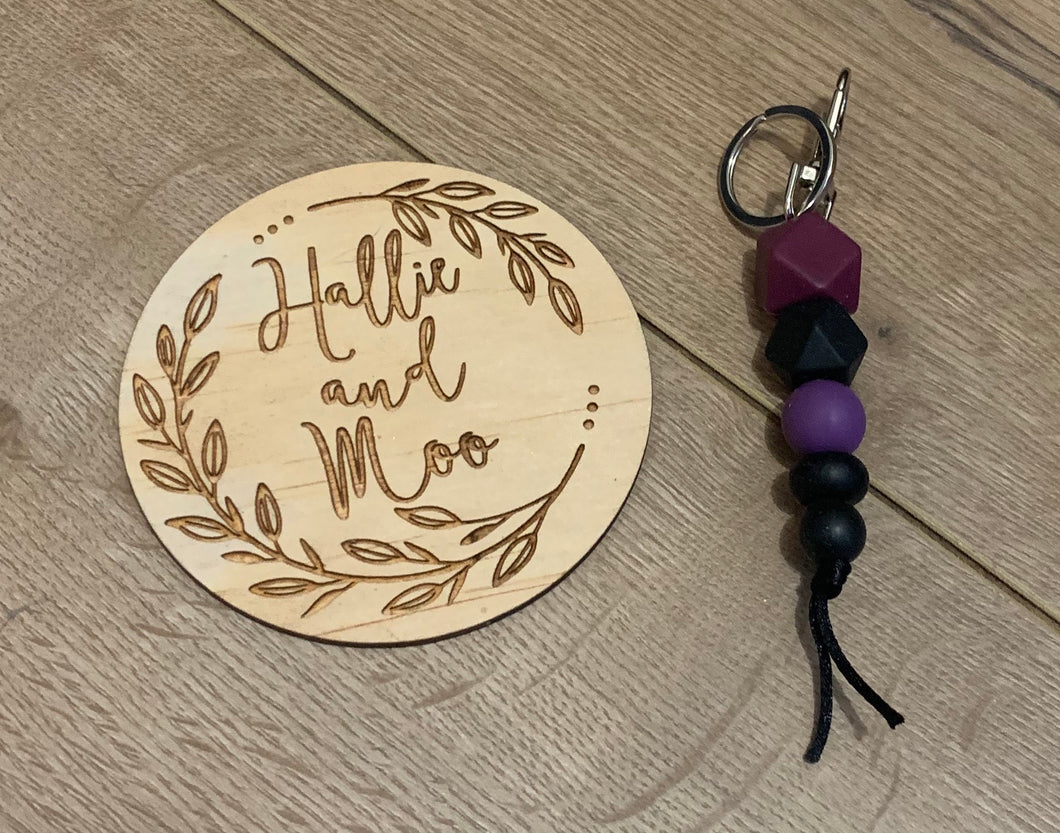Silicon bead keyring - black, purple and maroon.