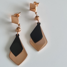 Load image into Gallery viewer, Ariel Earrings