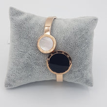 Load image into Gallery viewer, Roman Bracelet Rose gold Color