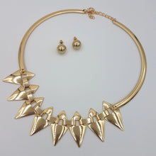 Load image into Gallery viewer, Adriana Spiky Necklace