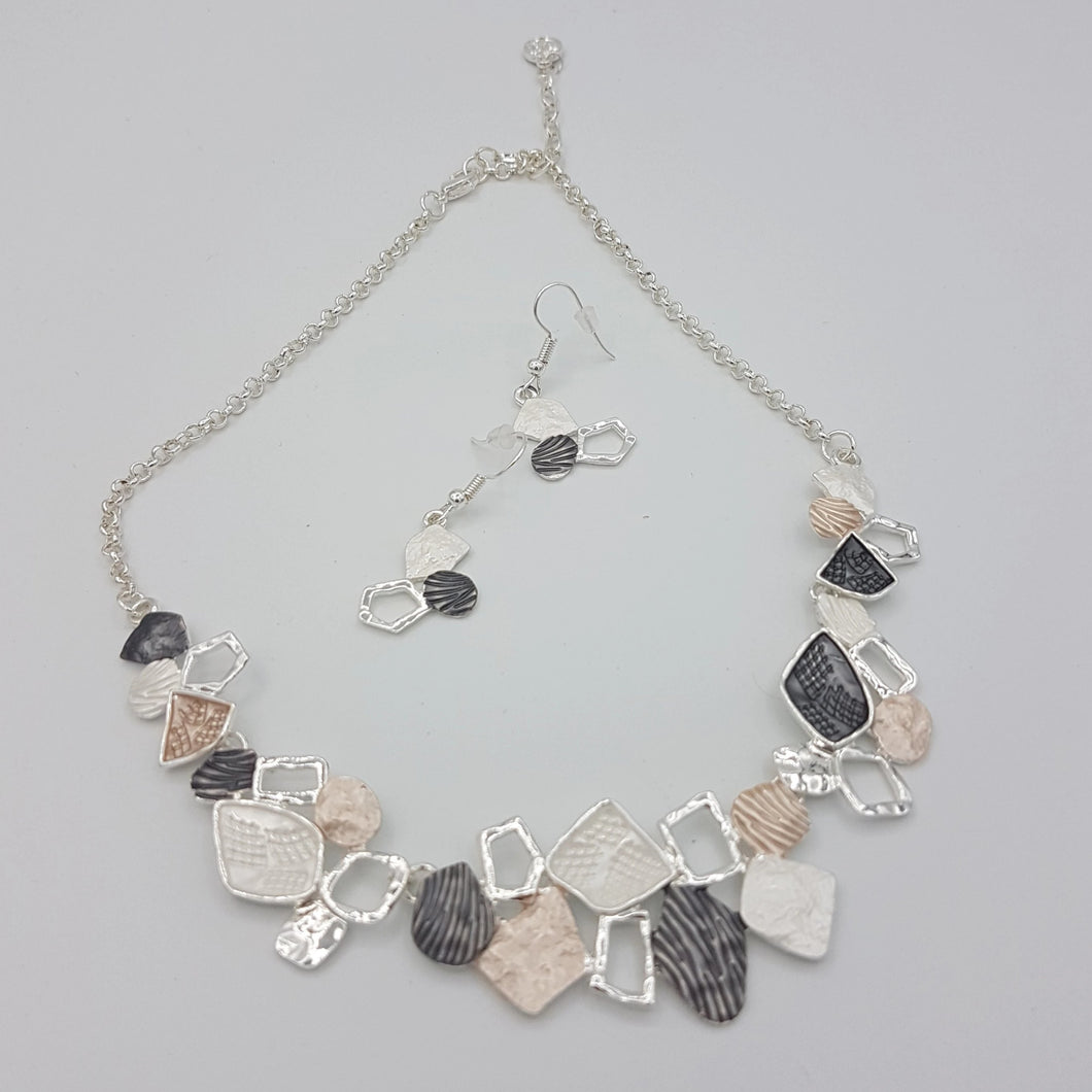 Rectangles Colorful Necklace Cream White Silver