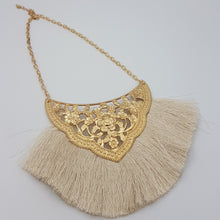 Load image into Gallery viewer, Josephine Necklace - Cream