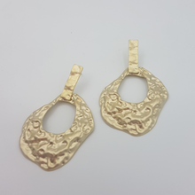 Load image into Gallery viewer, Stephanie Earrings
