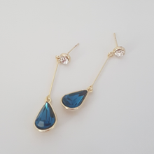 Load image into Gallery viewer, Anat Earrings