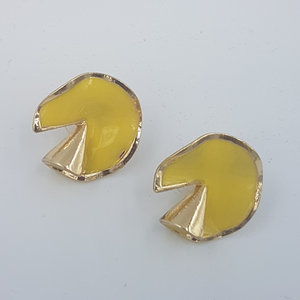Fold Earrings Green / Yellow / beige  color