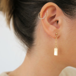 CABLE TAG DROP EARRINGS - Yellow Gold