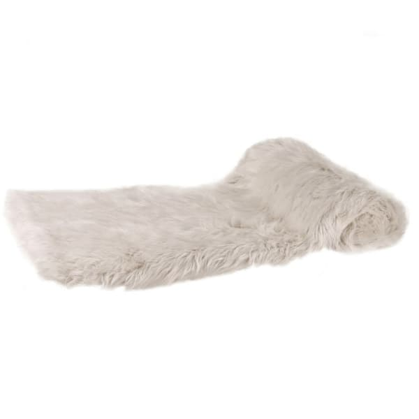 Thick Cream Faux Fur Throw 180cm | Annie Mo's
