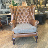 Winged Buttoned Back - Armchair