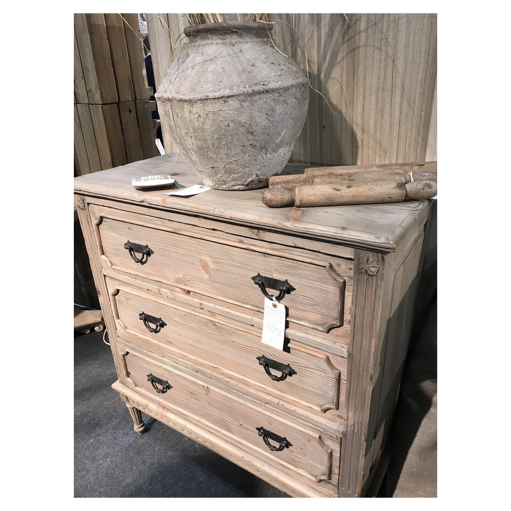 Vintaged Three Drawer Chest of Drawers 97cm | Annie Mo's