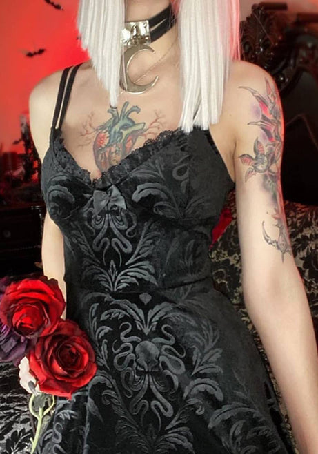 Rose's Damn Hot Gothic Dress-4