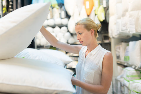 Woman Finding The Perfect Replacement Pillow | Mediflow
